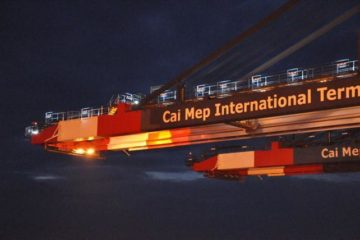 Cai Mep International Port welcomed 147,000 tons of ultra-large container ships.