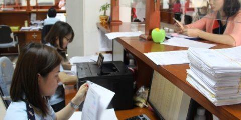 Định mức miễn thuế đối với hàng mẫu, phim về hàng mẫu, mô hình thay thế cho hàng mẫu có trị giá hải quan không vượt quá 50 nghìn đồng Việt Nam được áp dụng cho một lần XK, NK.