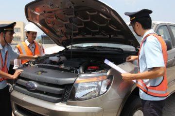 Chính phủ giao Bộ Công Thương quy định việc NK ô tô các loại chở người từ 9 chỗ ngồi trở xuống.